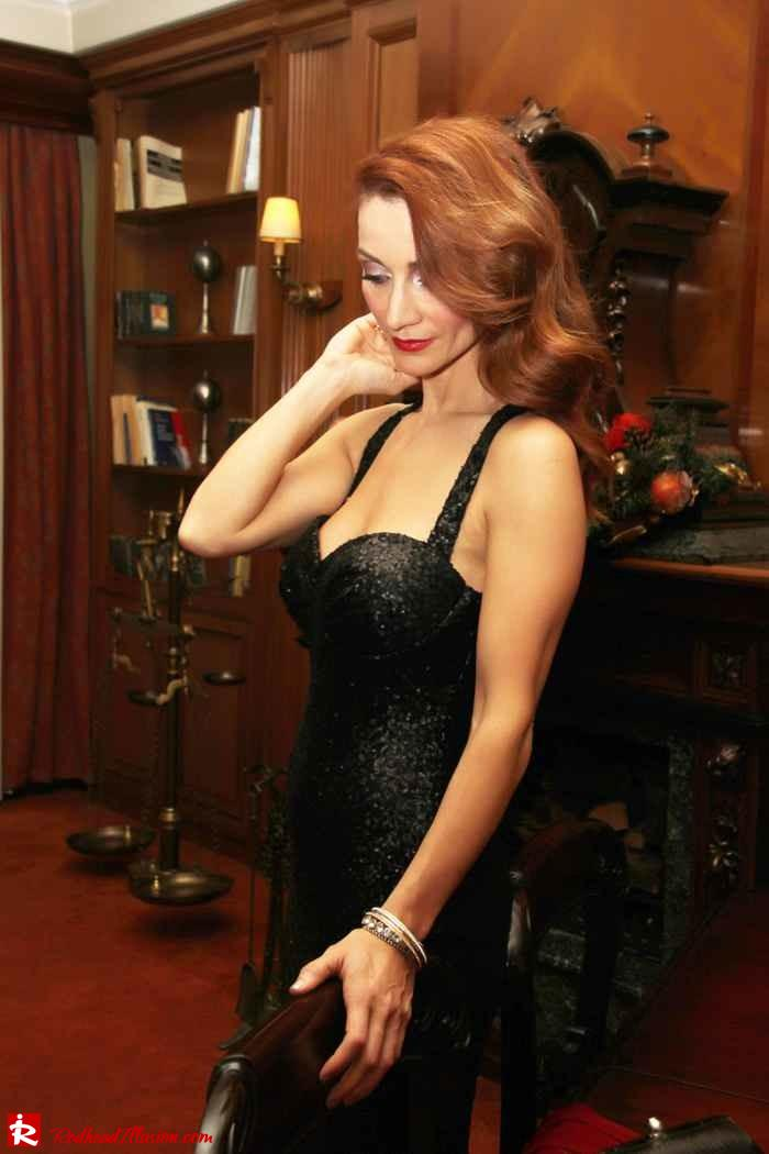 Redhead Illusion-a little extra luxe-05