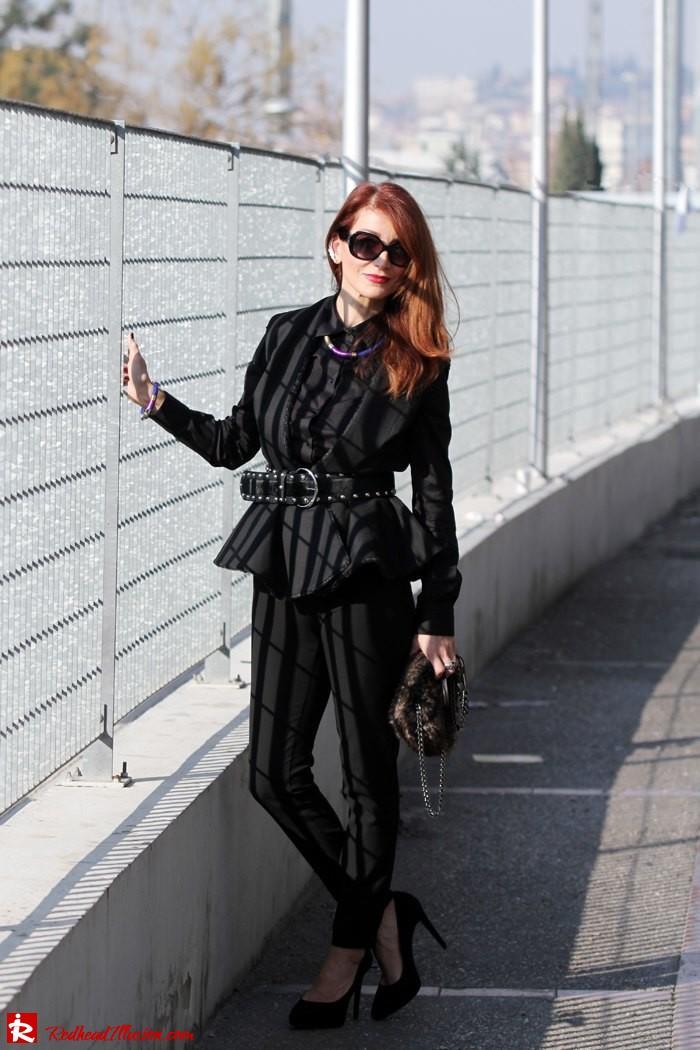 Redhead Illusion - Back in Black-05
