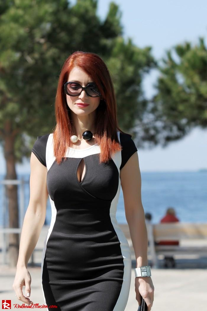 Redhead Illusion - Determined - Bodycon Midi Dress -09