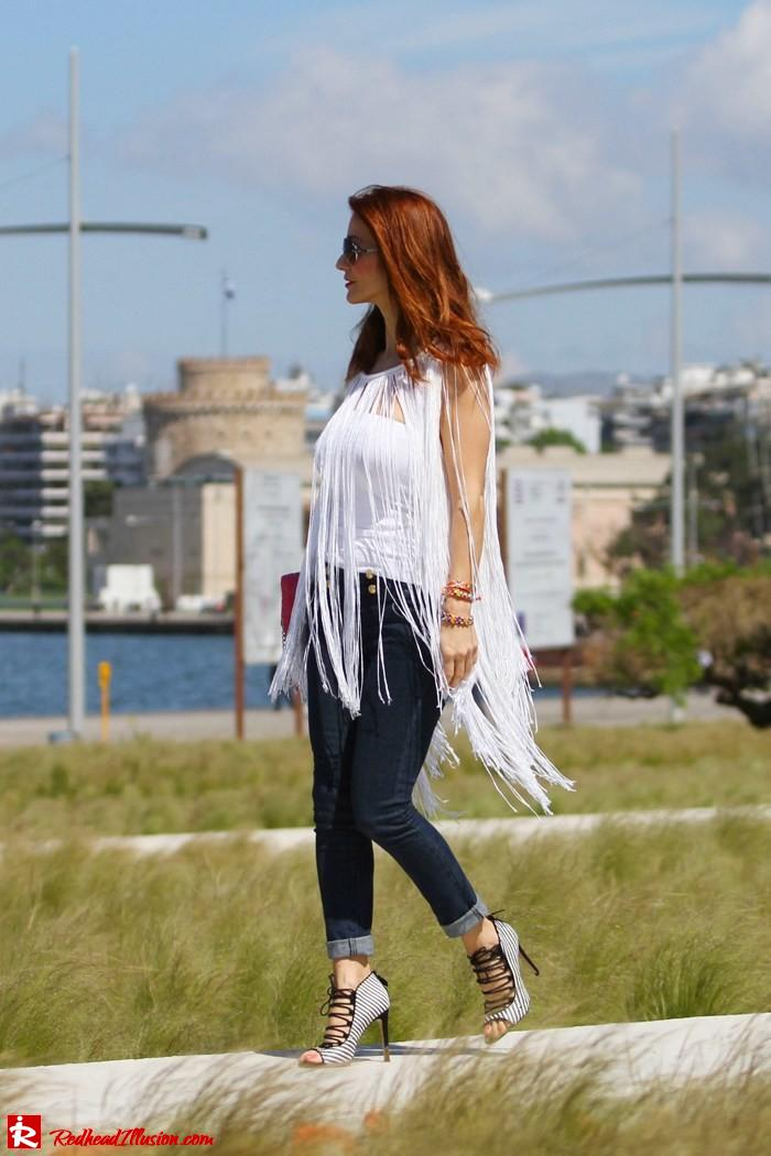 Redhead Illusion - The more the better - Fringed Cape-06