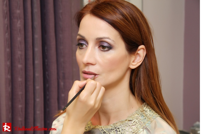 Redhead Illusion - Makeup time - Jane Iredale-08
