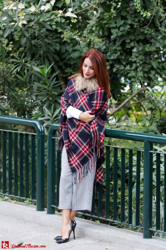 Redhead Illusion - Warm and cozy plaid - River Island Cape-03