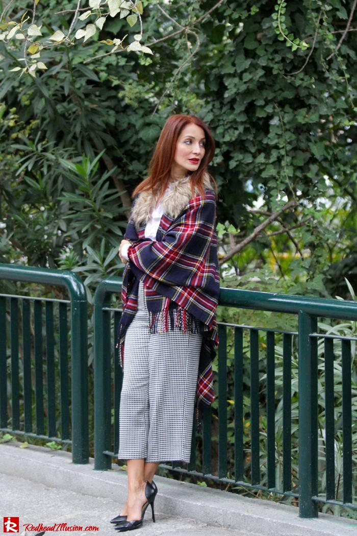 Redhead Illusion - Warm and cozy plaid - River Island Cape-04