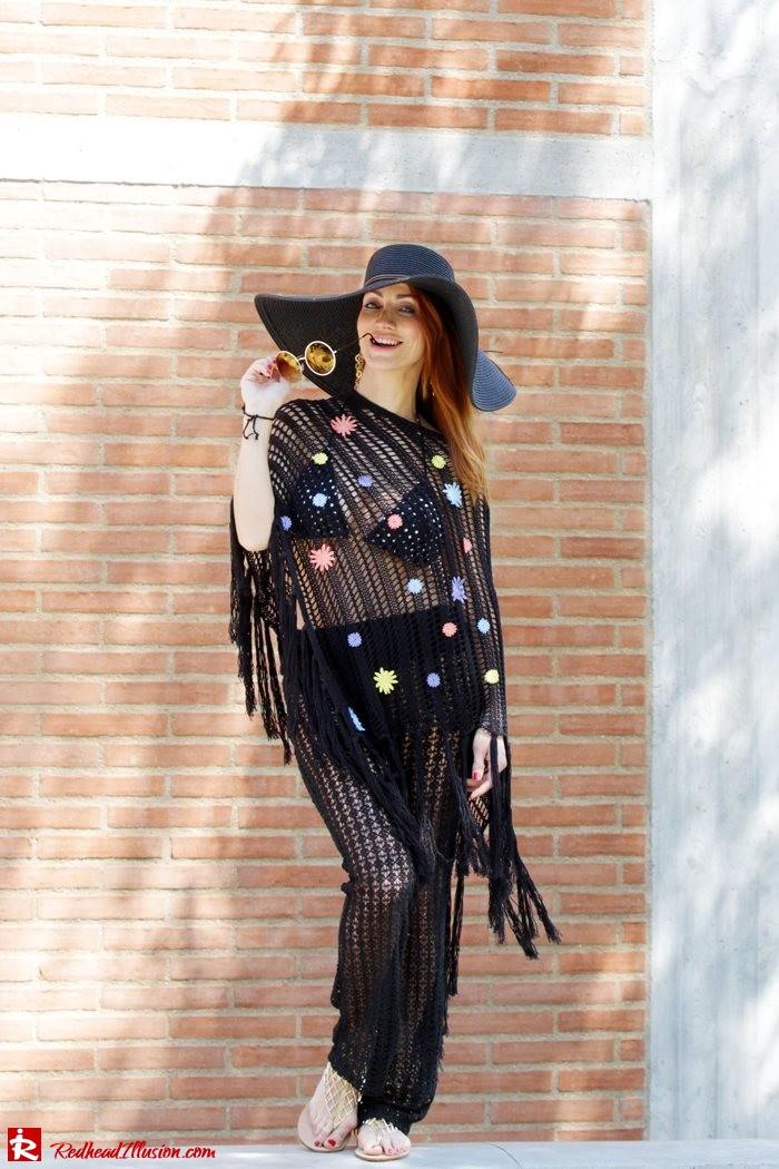 Redhead Illusion - Fashion Blog by Menia - Black Magic - Knitted Jumpsuit - Denny Rose Poncho-11