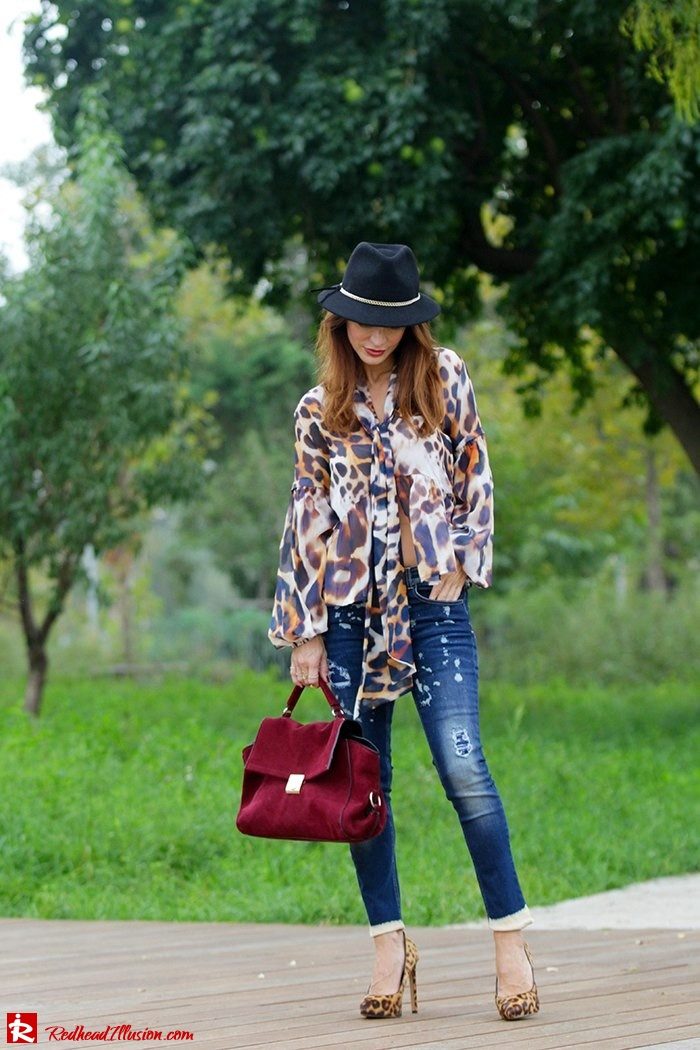 Redhead Illusion - Fashion Blog by Menia - Wild thing - Denny Rose Shirt - Massimo Dutti Hat-07
