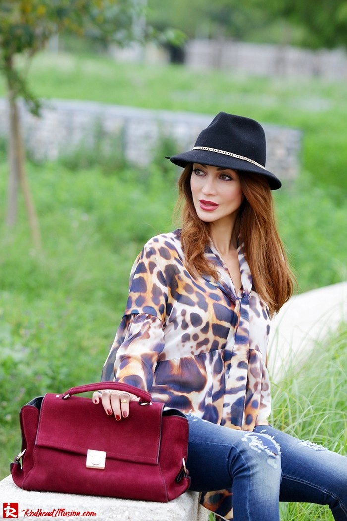 Redhead Illusion - Fashion Blog by Menia - Wild thing - Denny Rose Shirt - Massimo Dutti Hat-10