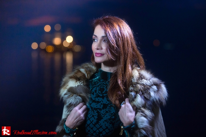 Redhead Illusion - Fashion blog by Menia - Christmas Night Vision - Balmain Dress-04