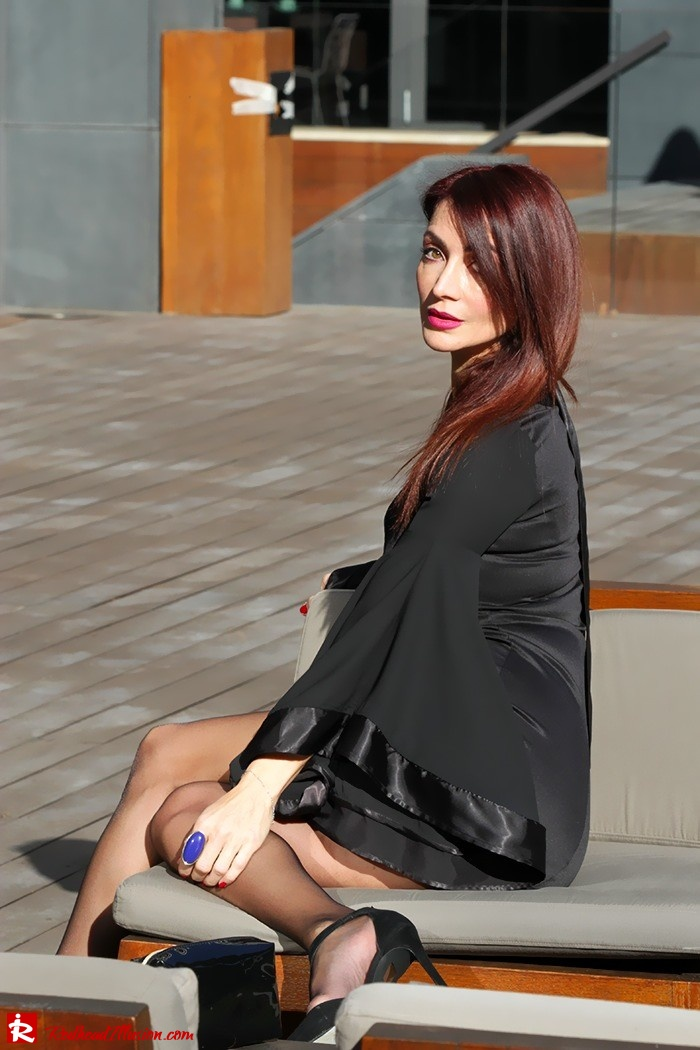 Redhead Illusion - Fashion Blog by Menia - Bell Sleeve Dress - Yoins LBD Mini Black Dress-10