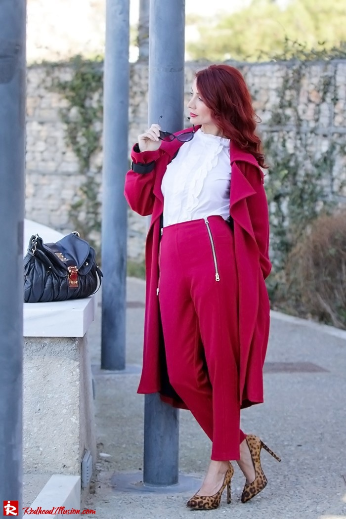 Redhead Illusion - Fashion Blog by Menia - Red of course - Access Red Ensemble - Miu-Miu-bag-04