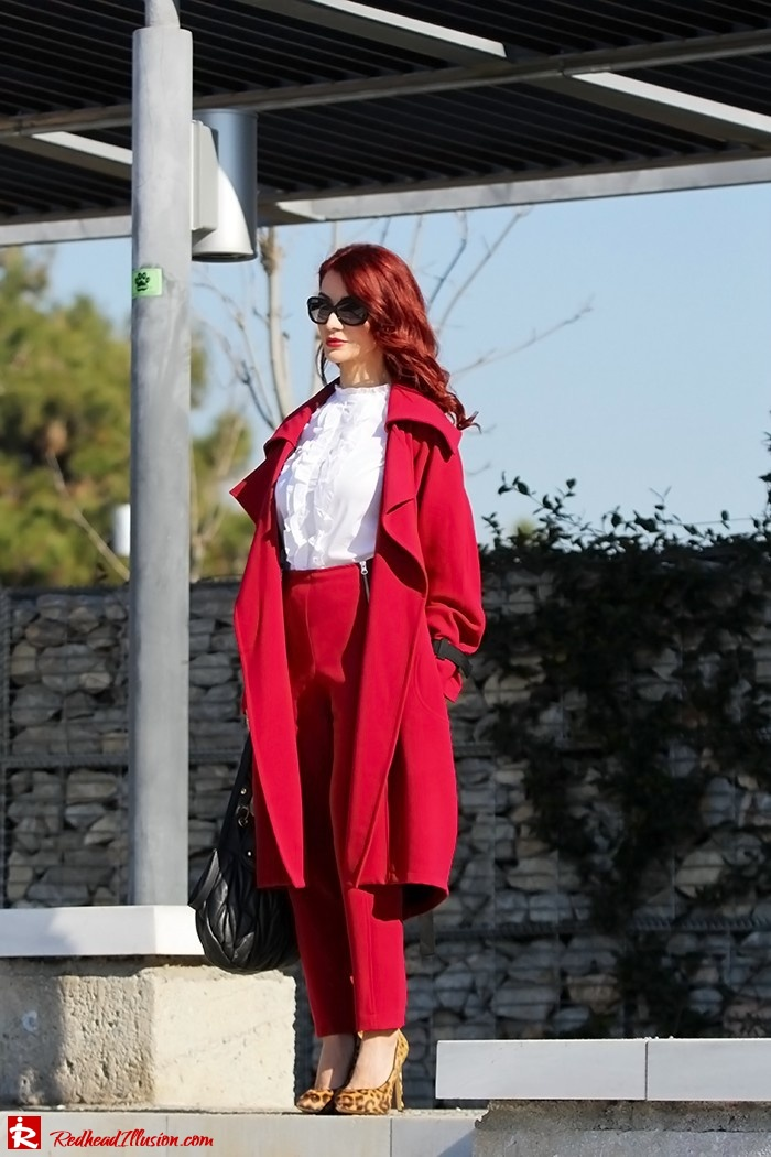 Redhead Illusion - Fashion Blog by Menia - Red of course - Access Red Ensemble - Miu-Miu-bag-05