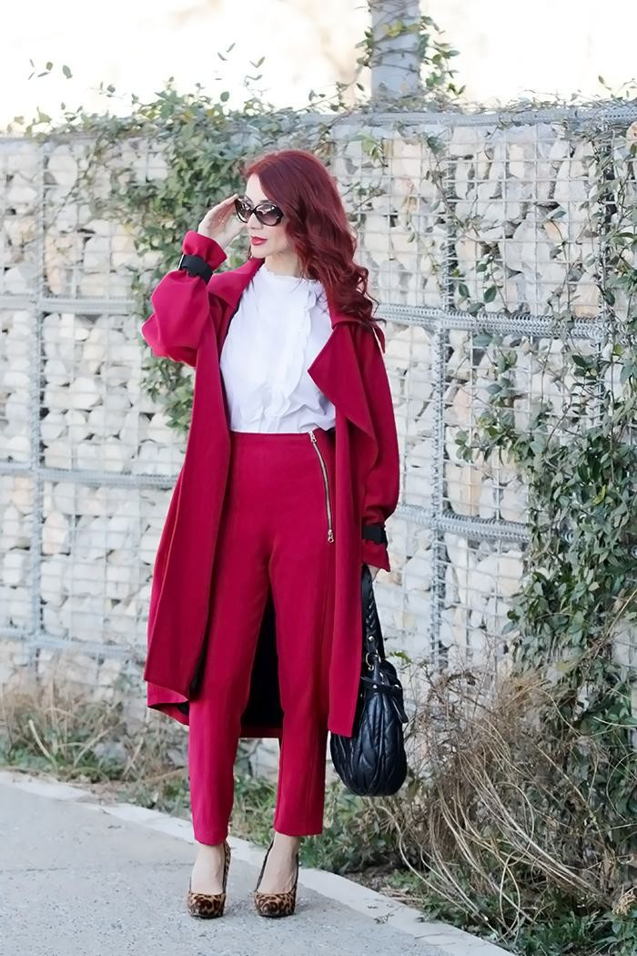 Redhead Illusion - Fashion Blog by Menia - Red of course - Access Red Ensemble - Miu-Miu-bag-08