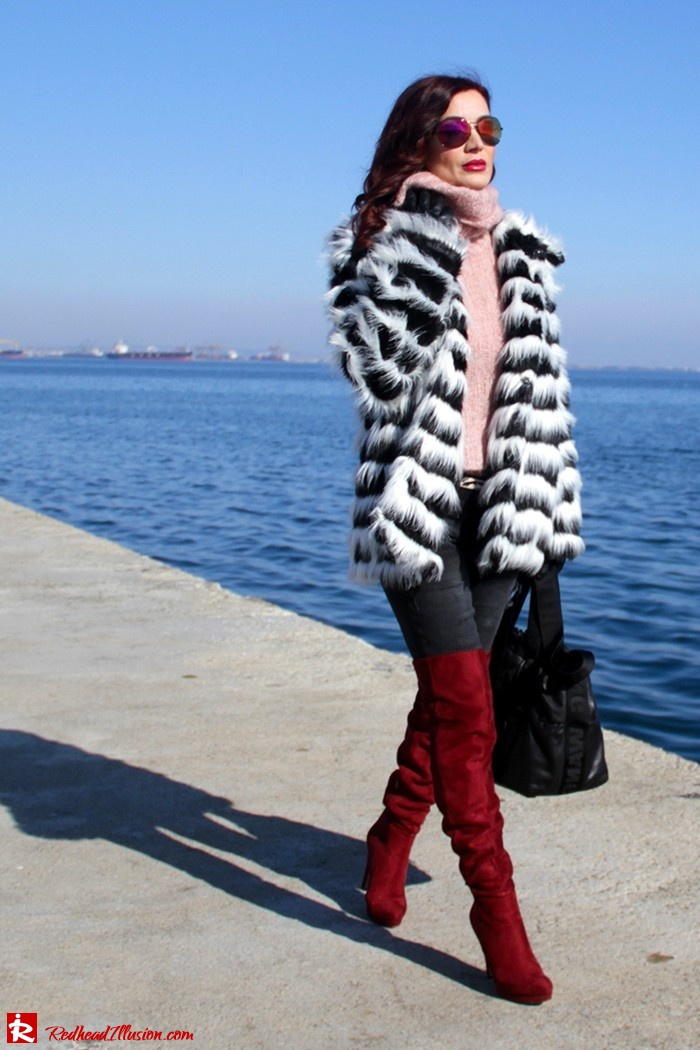Redhead Illusion - Fashion Blog by Menia - Walk along the waterfront - ( OTK ) Over the knee Boots-09