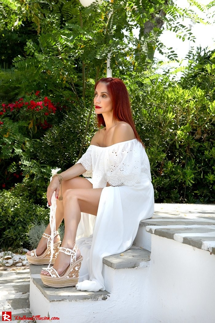 Redhead Illusion - Fashion Blog by Menia - A trip to white - Access Skirt - Jessica Simpson Wedges-16