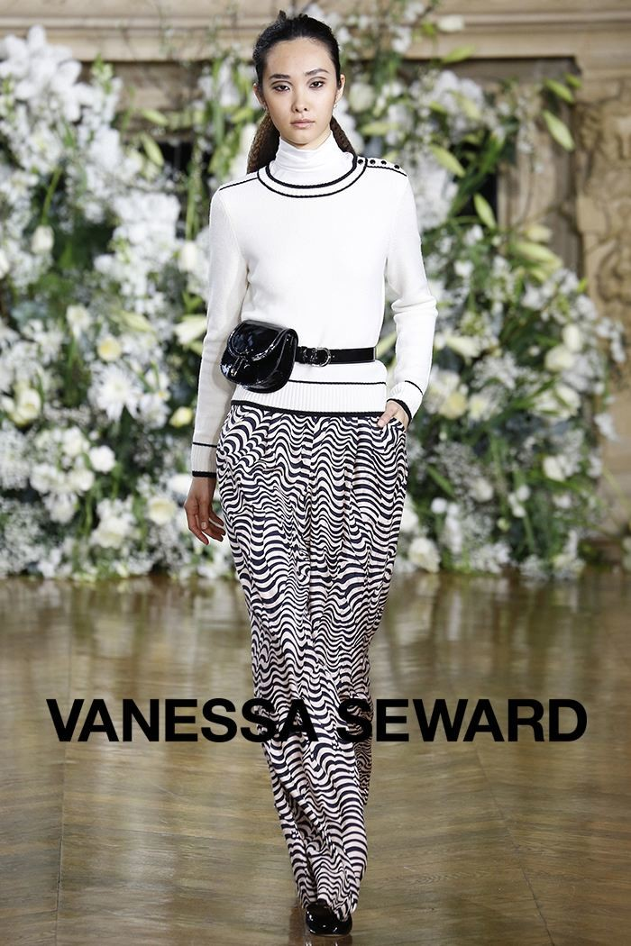 Redhead Illusion - Fashion Blog - Fashion Show - Vanessa Seward - Fall-Winter-2016-07