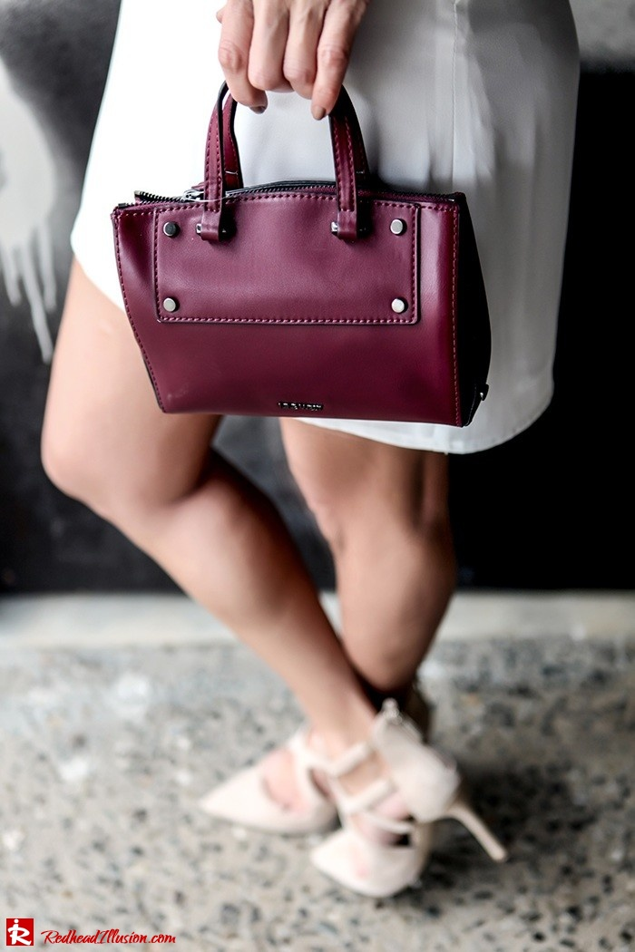 Redhead Illusion - Fashion Blog by Menia - Mini Winter White - Missguided Dress-05