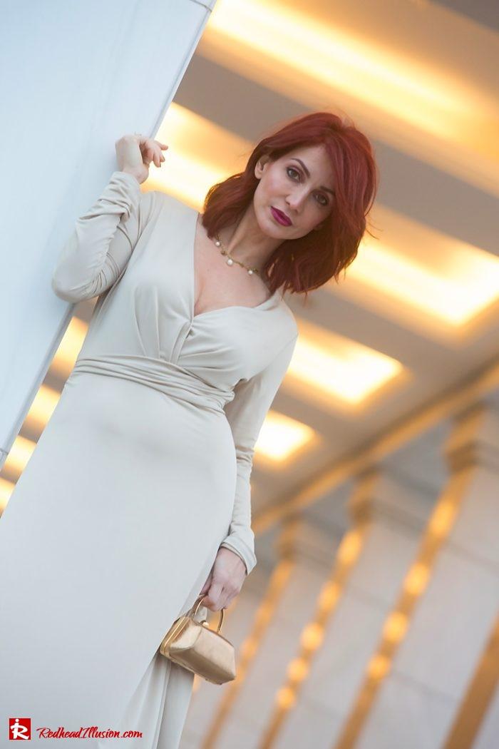 Redhead Illusion - Fashion Blog by Menia - Editorial - Mind Trap - Lulus Maxi Dress - Suzy Smith Clutch-09