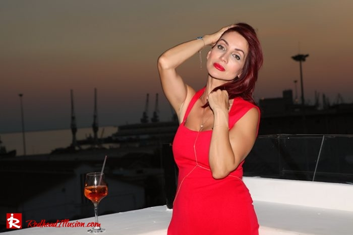 Redhead Illusion - Fashion Blog by Menia - Editorial - Color your mood - Lulus Jupsuit-06