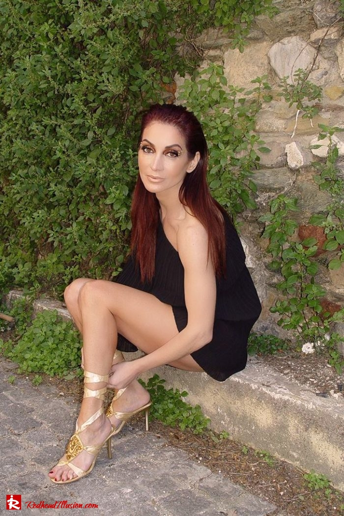 Redhead Illusion - Fashion Blog by Menia - Editorial - Golden Project - One Shoulder - Chiffon Dress-04