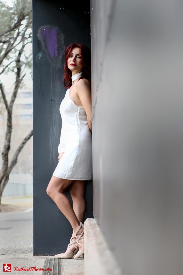 Redhead Illusion - Fashion Blog by Menia - Editorial - Mini Winter White - Mmissguided Dress-03