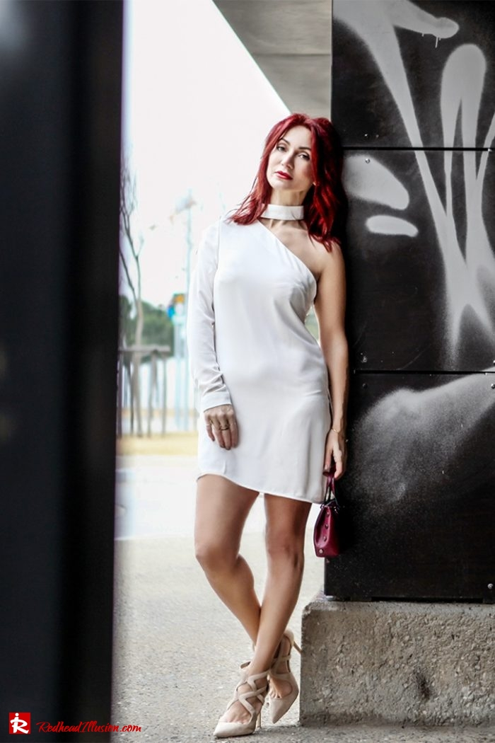 Redhead Illusion - Fashion Blog by Menia - Editorial - Mini Winter White - Mmissguided Dress-05