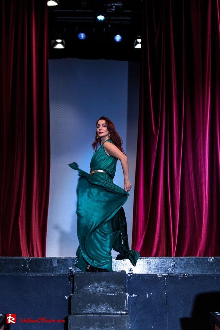 Redhead Illusion - Fashion Blog by Menia - Emerald Maxi Dress-02