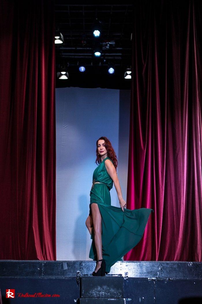Redhead Illusion - Fashion Blog by Menia - Emerald Maxi Dress-03