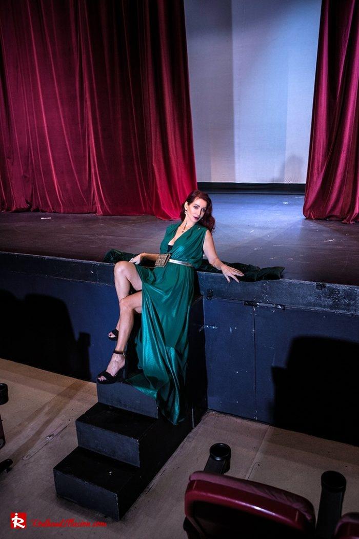 Redhead Illusion - Fashion Blog by Menia - Emerald Maxi Dress-04