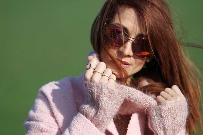 Redhead Illusion - Mood for pink -04