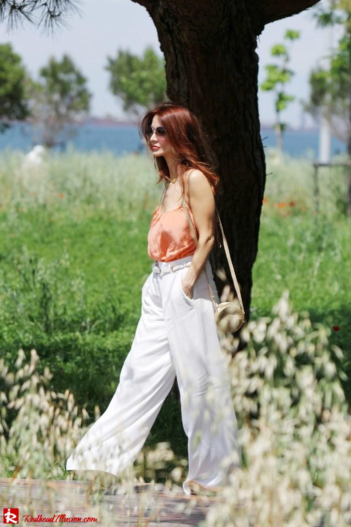 Redhead Illusion - Spaghetti time - Wide leg pants with thin straps top-02