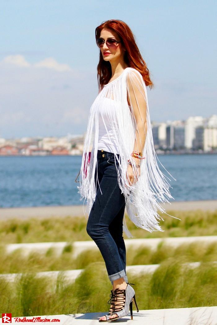 Redhead Illusion - The more the better - Fringed Cape-02