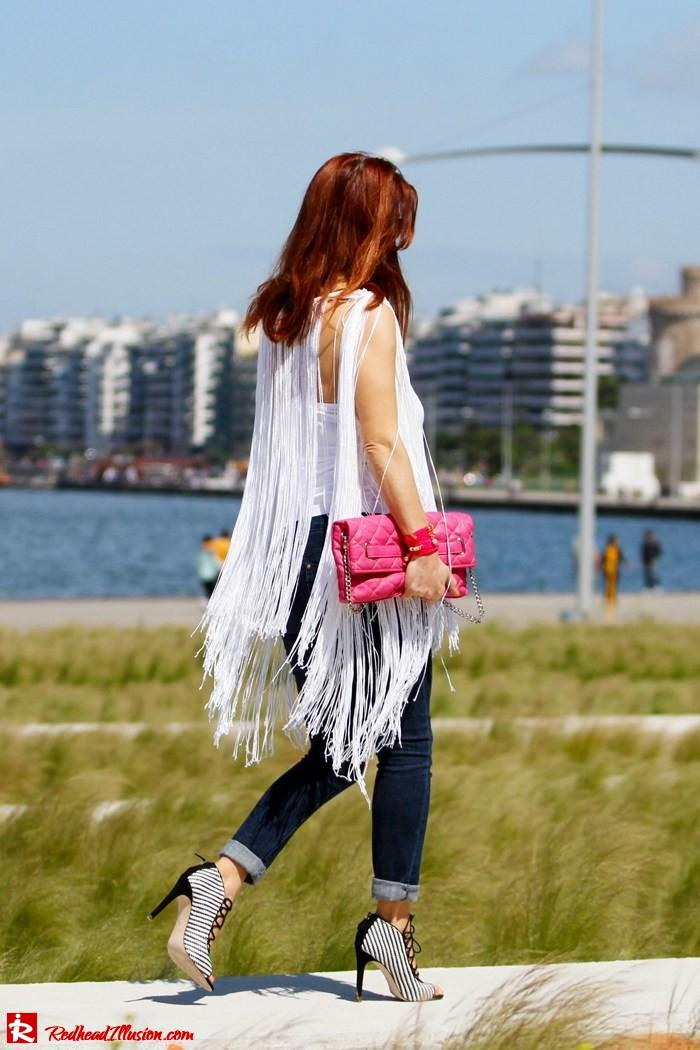 Redhead Illusion - The more the better - Fringed Cape-08