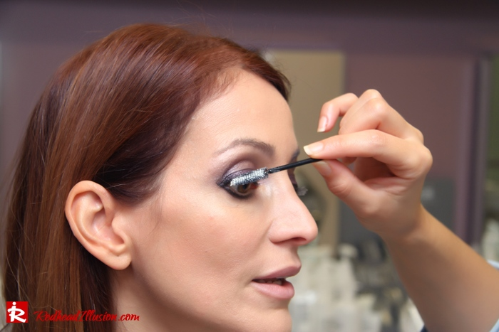 Redhead Illusion - Makeup time - Jane Iredale-05