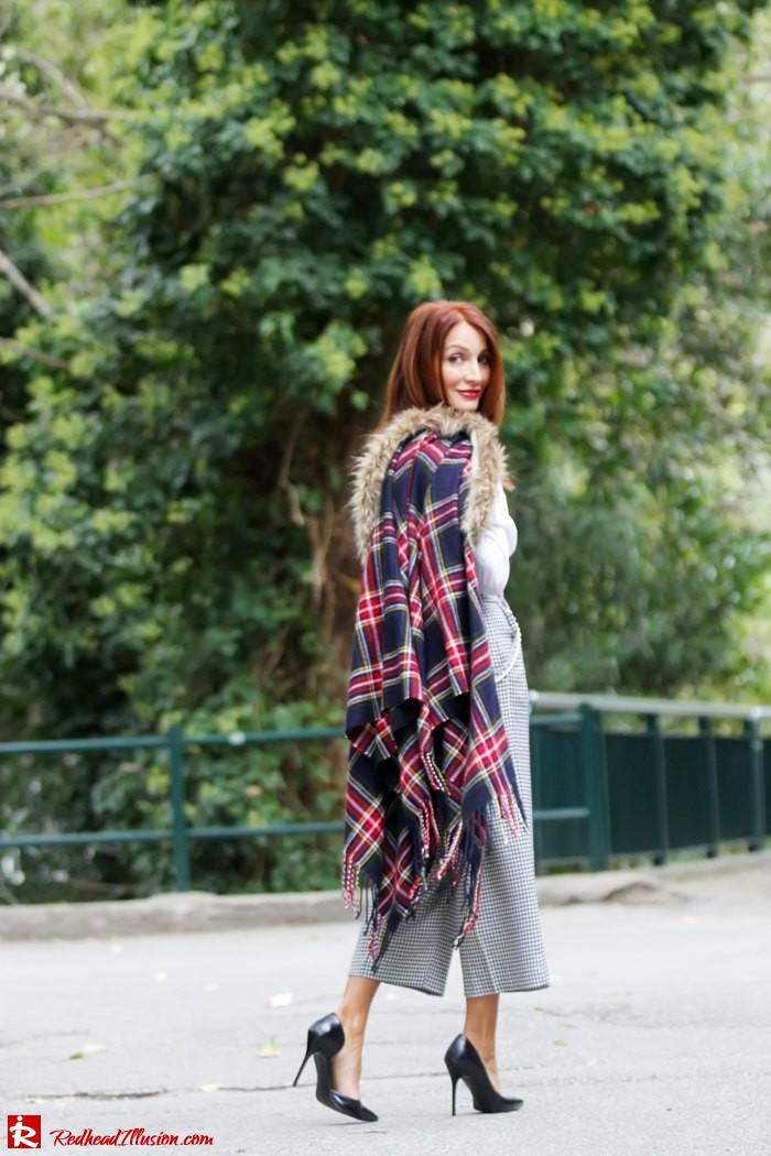 Redhead Illusion - Warm and cozy plaid - River Island Cape-07
