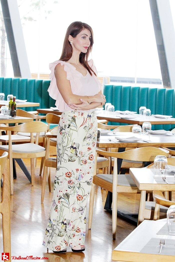 Redhead Illusion - Fashion Blog by Menia - Flower Power - Denny Rose Ruffle Top with Zara Pants-04