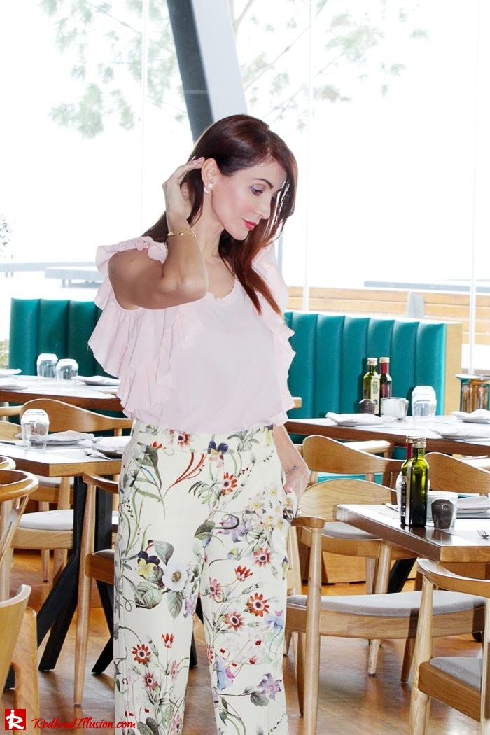 Redhead Illusion - Fashion Blog by Menia - Flower Power - Denny Rose Ruffle Top with Zara Pants-06
