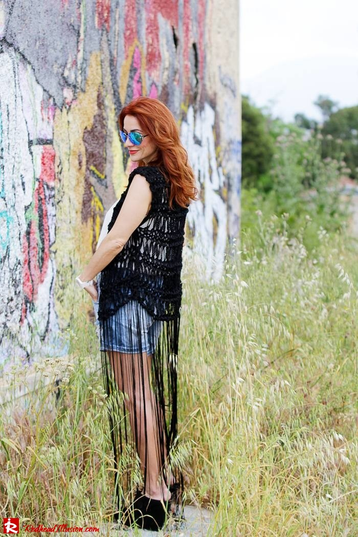 Redhead Illusion - Fashion Blog by Menia - Bohemian Summer - Knitted Vest - Distressed Denim Shorts-07