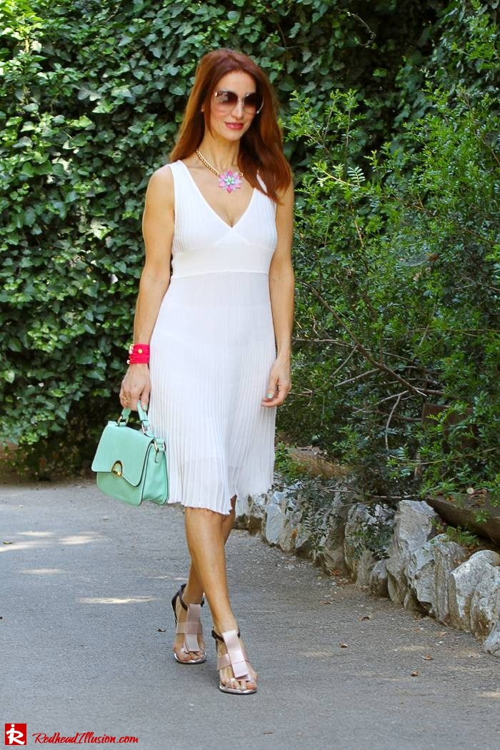 Redhead Illusion - Fashion Blog by Menia - Simplicity - White Dress - Gucci Sunglasses - Sugarcube Bag-01