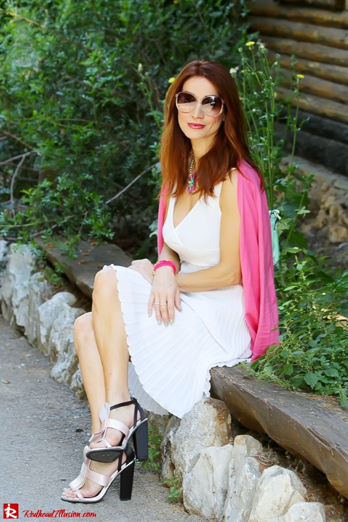 Redhead Illusion - Fashion Blog by Menia - Simplicity - White Dress - Gucci Sunglasses - Sugarcube Bag-07