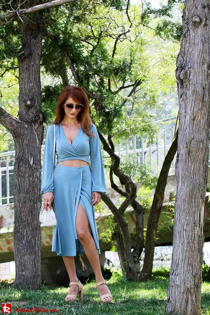 Redhead Illusion - Fashion Blog by Menia - Contrasts - Asos Dress - Gucci Sunglasses-07