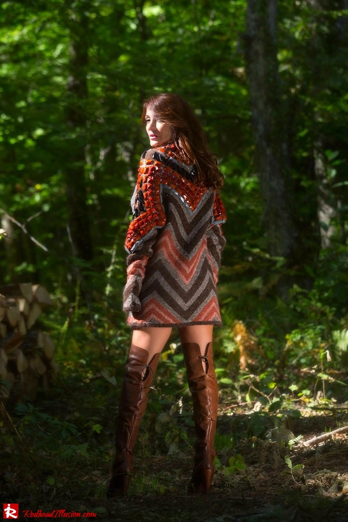 Redhead Illusion - Fashion Blog by Menia - Fall...ing in oversized knitted - H&M Dress - Ovye Boots-11