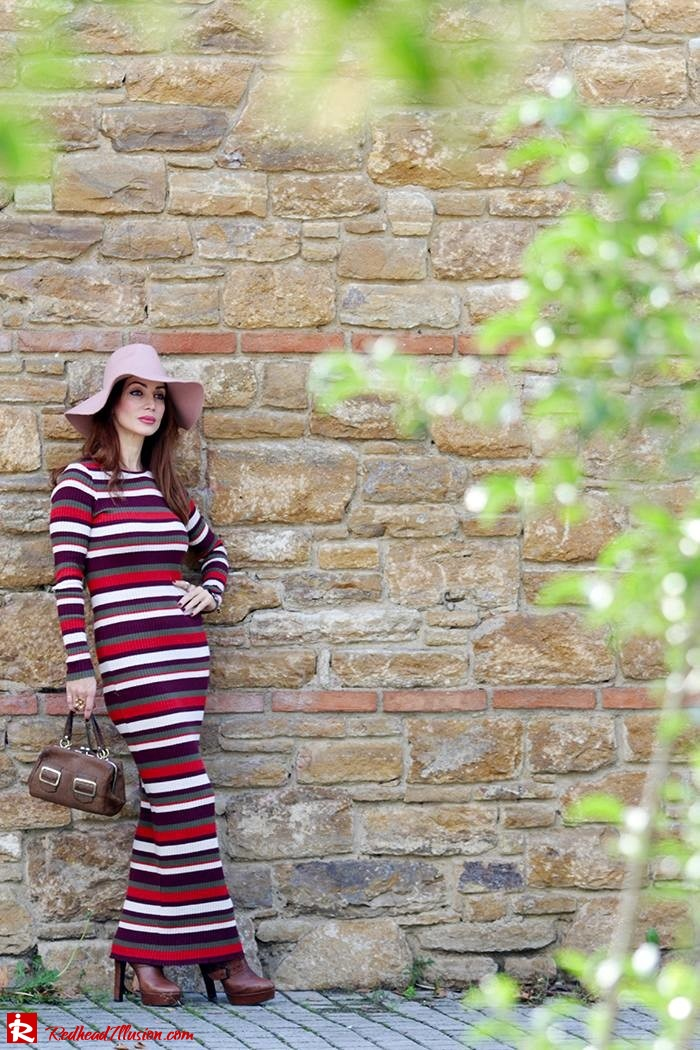 Redhead Illusion - Fashion Blog by Menia - Long 70's Story - Denny Rose Ribbed Striped Dress - Zara Hat-06