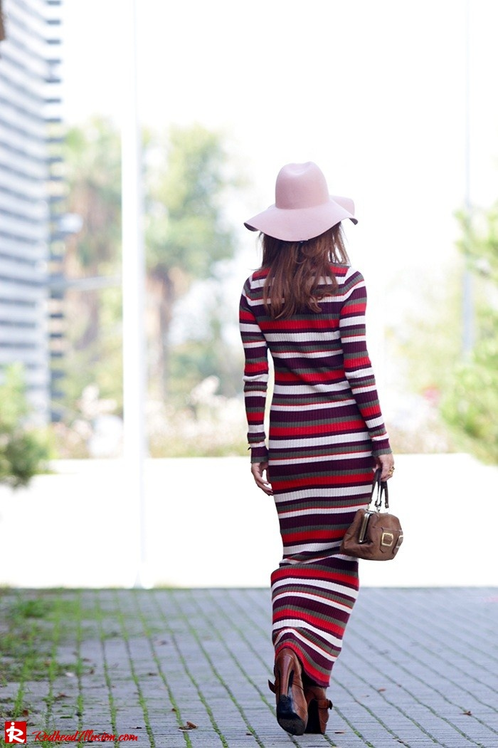 Redhead Illusion - Fashion Blog by Menia - Long 70's Story - Denny Rose Ribbed Striped Dress - Zara Hat-10
