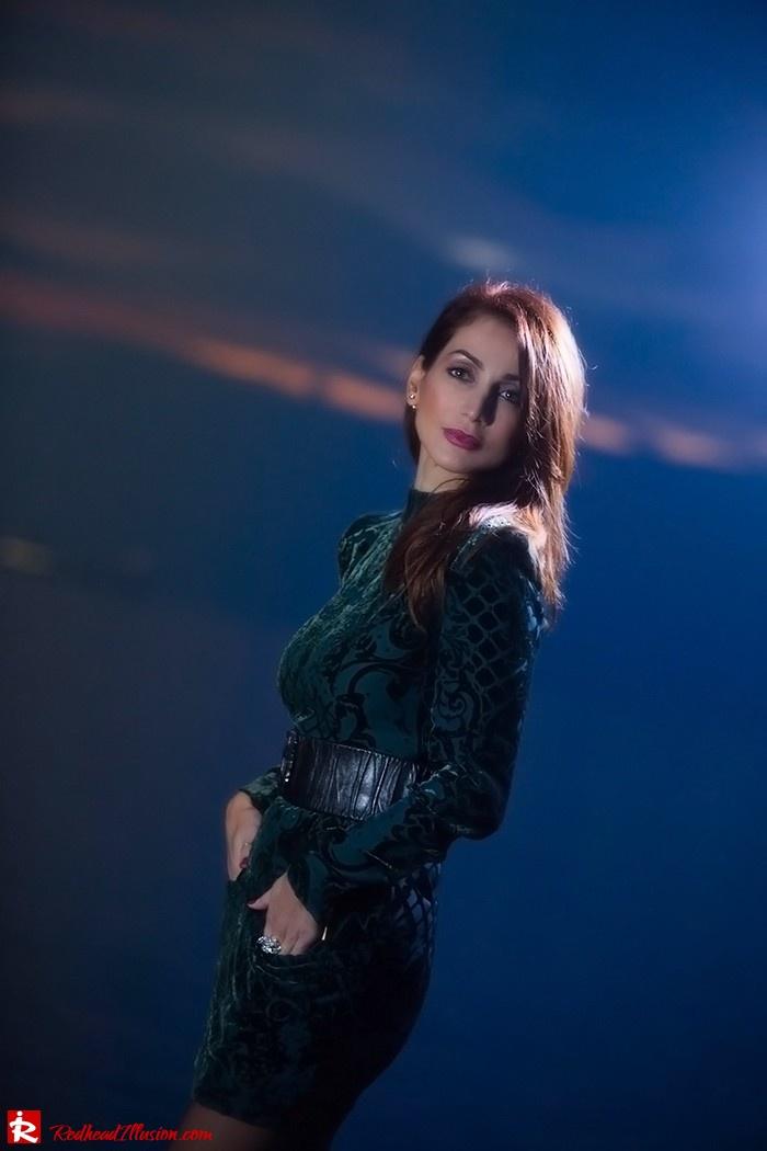 Redhead Illusion - Fashion blog by Menia - Christmas Night Vision - Balmain Dress-02