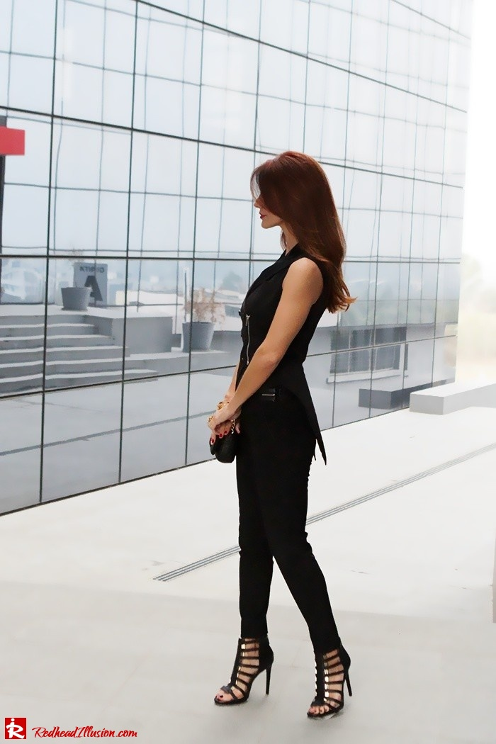 Redhead Illusion - Fashion Blog by Menia - Two of a kind - Zara Pants - Denny Rose Vest-04