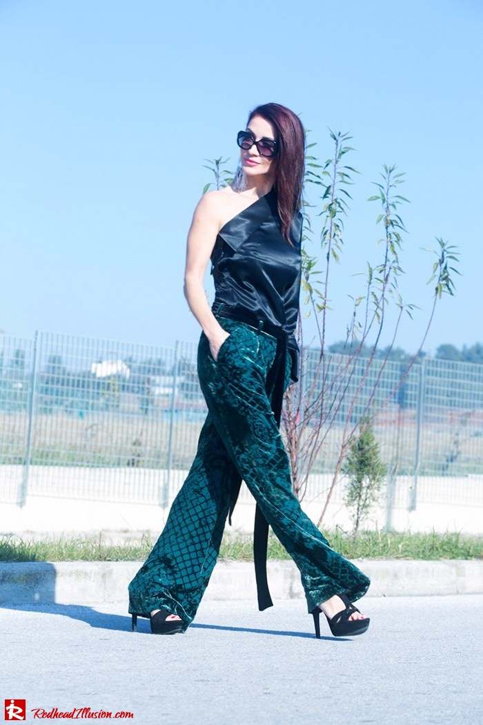Redhead Illusion - Fashion Blog by Menia - Beauty of a naked arm - Balmain Trouser - One shoulder top-11