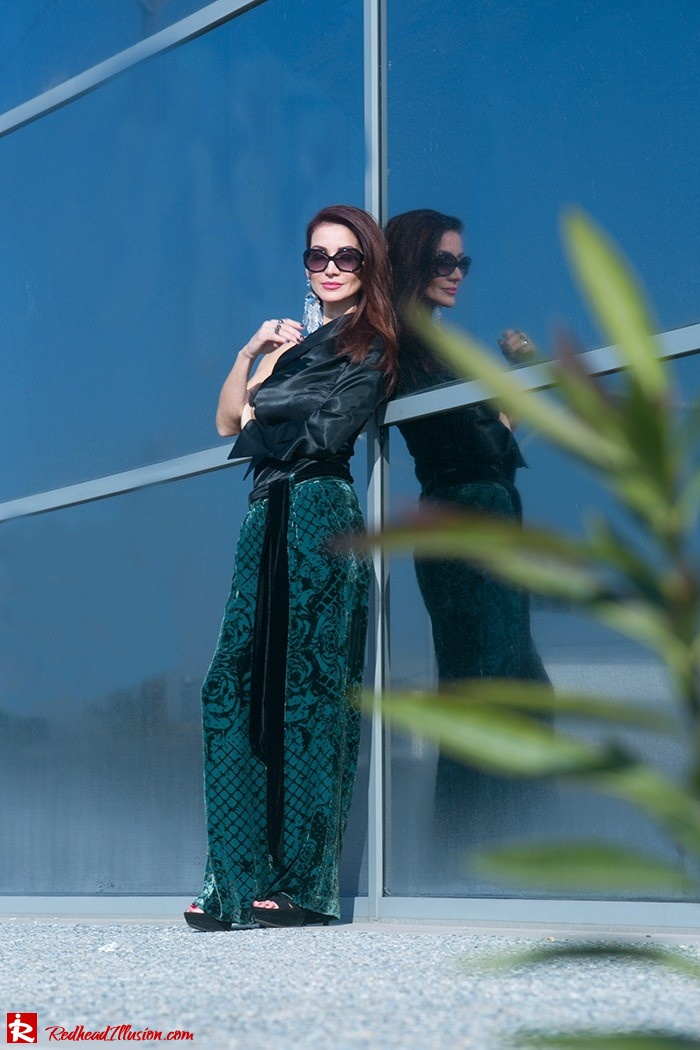 Redhead Illusion - Fashion Blog by Menia - Beauty of a naked arm - Balmain Trouser - One shoulder top-13