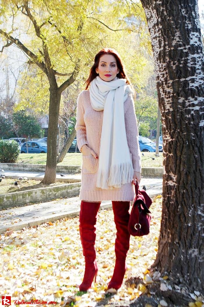 Redhead Illusion - Fashion Blog by Menia - Cozy and Casual - Knitted Dress - High Boots-10