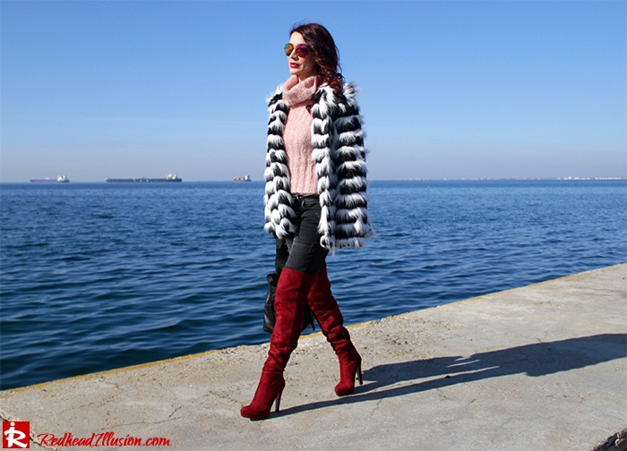 Redhead Illusion - Fashion Blog by Menia - Walk along the waterfront - ( OTK ) Over the knee Boots-02