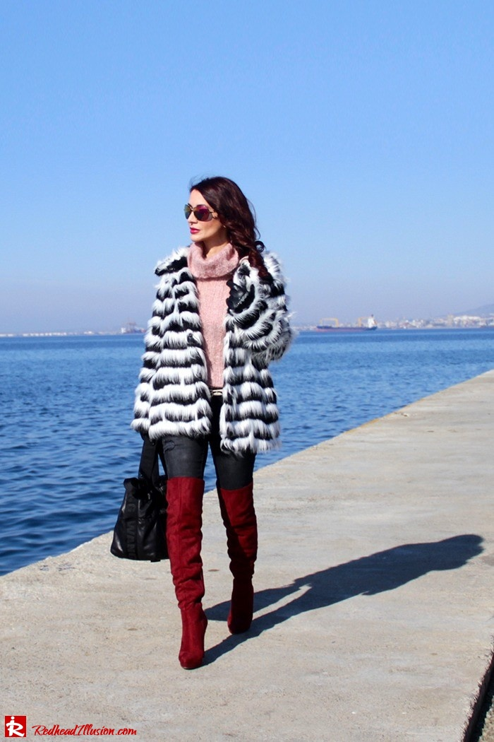Redhead Illusion - Fashion Blog by Menia - Walk along the waterfront - ( OTK ) Over the knee Boots-07