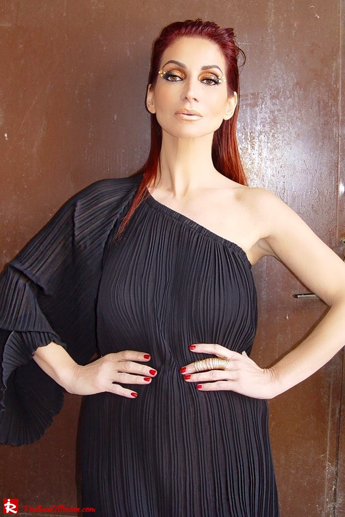 Redhead Illusion - Fashion Blog by Menia - Golden Project - One Shoulder Chiffon Dress - Dresslink-04